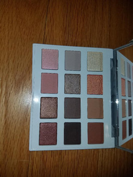 Photo of BH Cosmetics Marble Collection - Warm Stone - 12 Color Eyeshadow Palette uploaded by Sarina🌼 T.