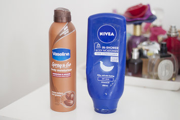 Photo of NIVEA In-Shower Body Lotion uploaded by pink g.