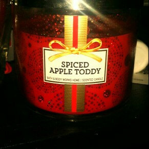 Photo of Bath & Body Works® SPICED APPLE TODDY 3-Wick Candle uploaded by kimberly m.