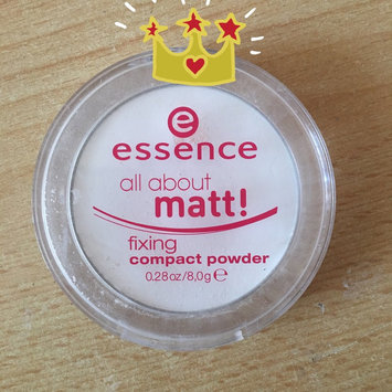 Essence All About Matt! Fixing Compact Powder uploaded by María Mirela S.