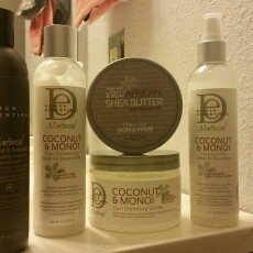 Photo of Design Essentials Natural Almond & Avocado Detangling Leave-In Conditioner for Natural Hair uploaded by Danielle G.