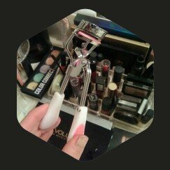 Photo of Earth Therapeutics Soft Touch Eyelash Curler uploaded by Brittany M.