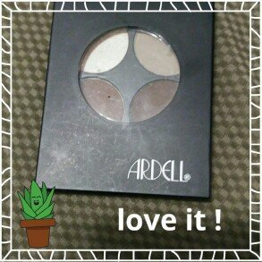 Photo of (6 Pack) ARDELL Brow Defining Kit uploaded by Blanca P.