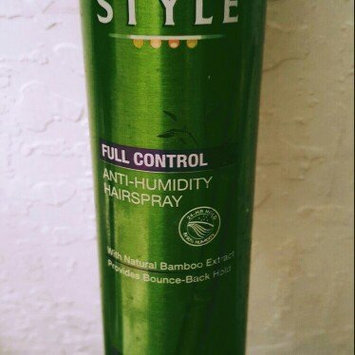 Photo of Garnier Fructis Style Full Control Anti-Humidity Aerosol Hairspray uploaded by Amanda W.