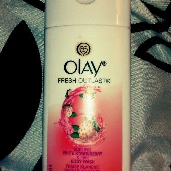 Olay Fresh Outlast Body Wash, Cooling White Strawberry & Mint, 13.5 fl oz uploaded by Lace l.