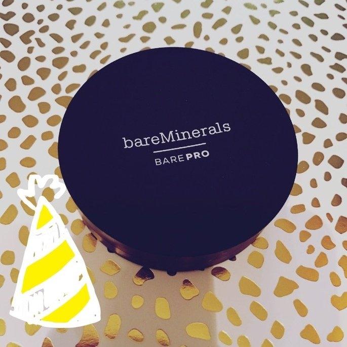 bareMinerals barePRO Performance Wear Powder Foundation uploaded by Rachel K.