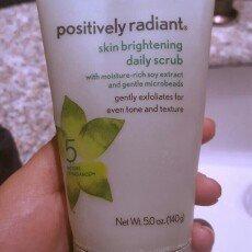 Aveeno Positively Radiant Skin Brightening Daily Scrub uploaded by Alexxa B.