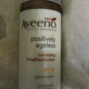 Aveeno Active Naturals Positively Ageless Correcting Tinted Moisturizer Light to Medium uploaded by Rosemarie C.