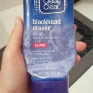 Clean & Clear Blackhead Eraser uploaded by Catalina L.