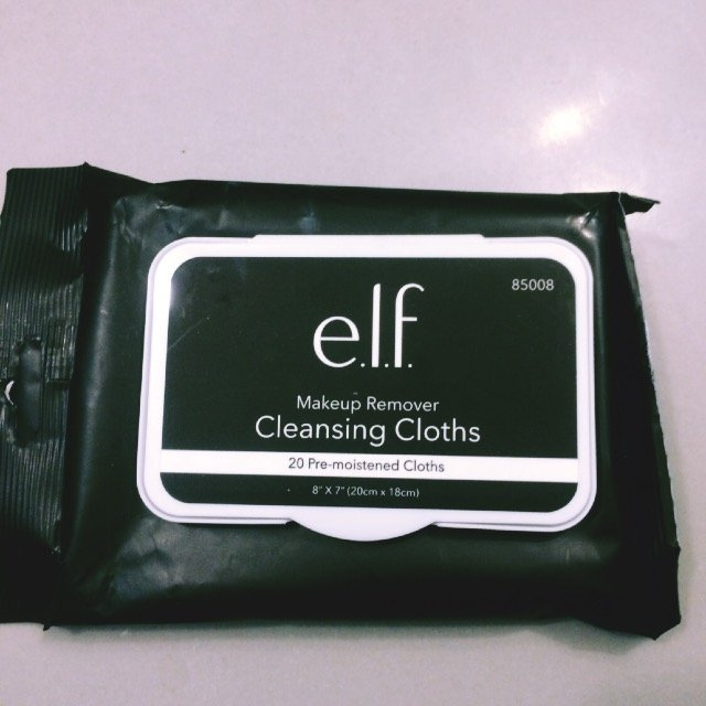 e.l.f. Studio Makeup Remover Cleansing Cloths uploaded by Jamie V.