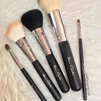 Photo of Beau Gâchis Paris Beau Gâchis® Paris Makeup Brushes Natural Hair - Best Professional Quality 7 Piece Make up Brush Set Kit with Holder - Organizer [7 Piece Makeup Brush Set with Leather Case] uploaded by Lyndsey B.