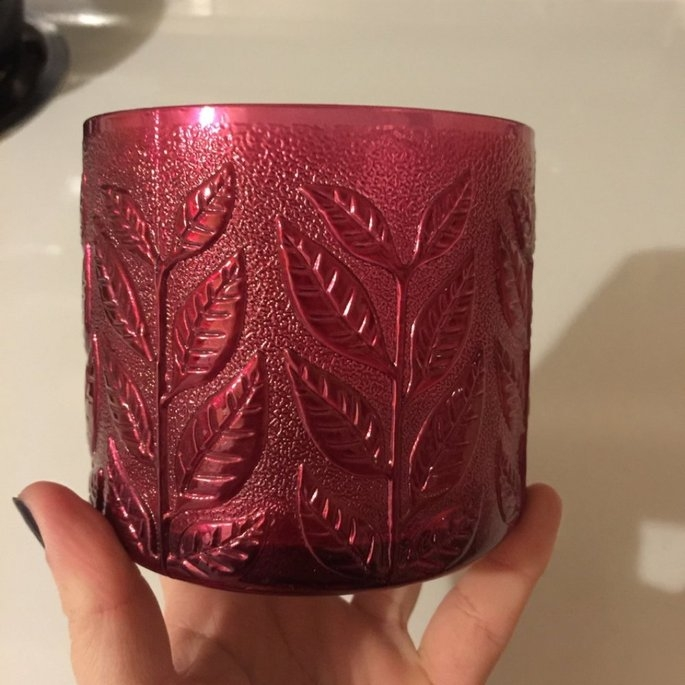Bath & Body Works Cranberry Woods 3 Wick Scented Candle 14.5 Oz uploaded by Monica S.