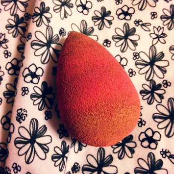 beautyblender Makeup Sponge Applicator Duo & Cleanser uploaded by Victoria C.