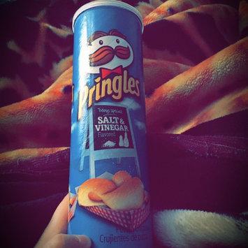 Photo of Pringles® Salt & Vinegar Potato Crisps uploaded by Marwa O.