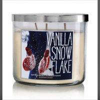 Slatkin & Co. Bath & Body Works Vanilla Snow Flake uploaded by Jessica S.
