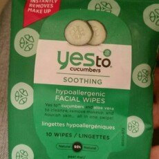 Photo of Yes To Cucumbers Shooting Hypoallergenic Facial Wipes uploaded by Victoria V.
