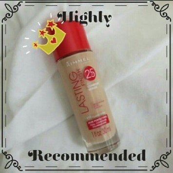 Photo of Rimmel Lasting Finish Foundation uploaded by Eloisa R.