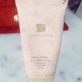 Estée Lauder Ideal Matte Refinishing MakeUp SPF8 #06 Auburn  uploaded by Javi R.