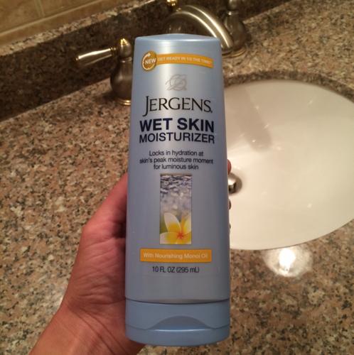 Photo of Jergens Wet Skin Moisturizer with Nourishing Monoi Oil uploaded by Dana M.