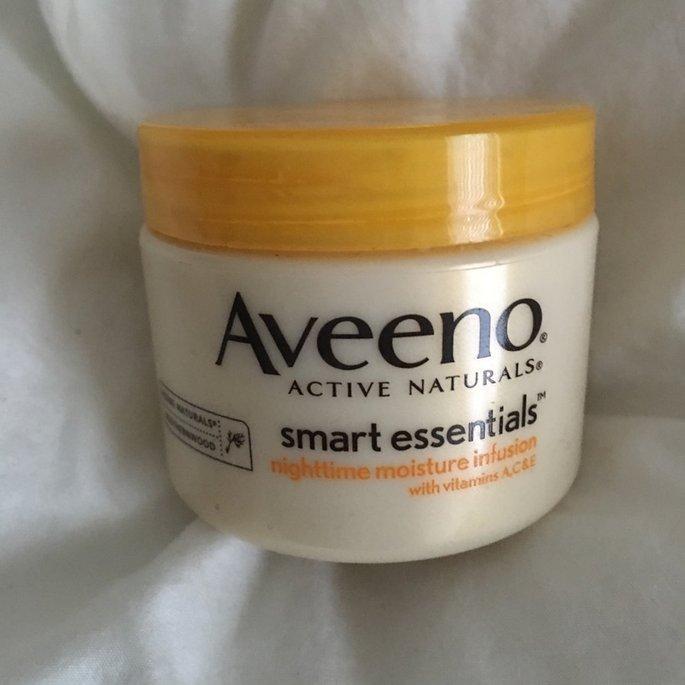 Aveeno Smart Essentials Nighttime Moisture Infusion uploaded by Gina B.