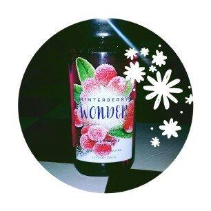 Photo of Bath & Body Works Winterberry Wonder Shower Gel uploaded by Amber M.