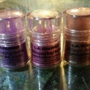L.a. Colors LA COLORS Shimmering Loose Eyeshadow uploaded by angela m.