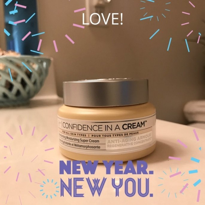 It Cosmetics Confidence in a Cream Transforming Moisturizing Super Cream uploaded by Kimberly C.