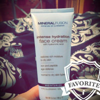 Mineral Fusion Intense Hydration Facial Cream for Dry Skin Types uploaded by Nicky F.