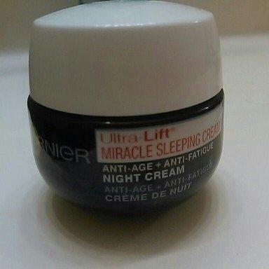 Garnier Ultra-Lift Miracle Sleeping Cream Anti-Age + Anti-Fatigue Night Cream - 1.7 oz uploaded by Ashley F.