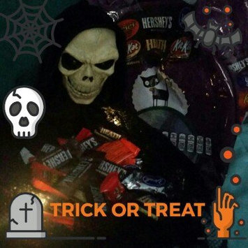 Photo of Hershey's Halloween Assorted Candy uploaded by Carmen V.