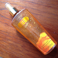 Victoria's Secret Amber Romance Shimmer Mist uploaded by Paola T.