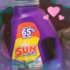 Sun® Tropical Breeze® Laundry Detergent 30 Loads 45.4 Fl Oz Plastic Jug uploaded by Marionette D.