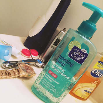 Photo of Clean & Clear® Morning Burst® Hydrating Facial Cleanser uploaded by Kristie W.