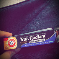 ARM & HAMMER™ Truly Radiant Fluoride Anticavity Toothpaste Fresh Mint Twist uploaded by Carla E.