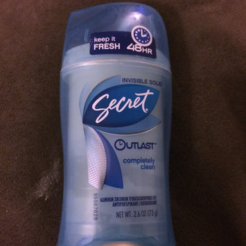 Photo of Secret Outlast Xtend Invisible Solid Completely Clean Antiperspirant/Deodorant uploaded by Larri J.