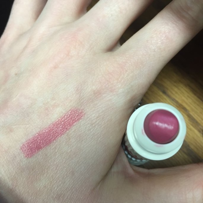 Benefit Cosmetics hydra-smooth lip color uploaded by Robyn W.