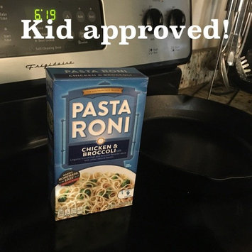 Photo of Pasta Roni Chicken & Broccoli Flavor Pasta uploaded by Wendy M.
