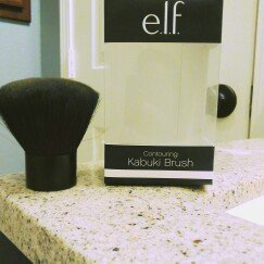 e.l.f. Cosmetics Kabuki Brush uploaded by Natalia B.