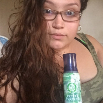 Clairol Herbal Essences Set Me Up Mousse uploaded by Brenda V.