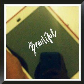 Apple iPad mini 3 uploaded by val D.