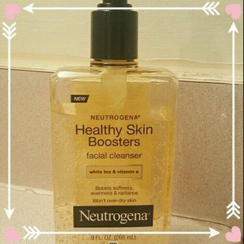Photo of Neutrogena® Healthy Skin Boosters Facial Cleanser uploaded by Jasmine S.