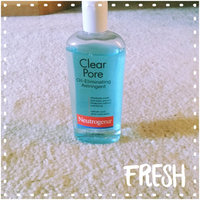 Neutrogena Clear Pore Oil-Controlling Astringent uploaded by Damaris P.
