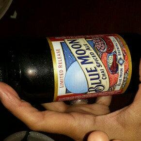 Photo of Blue Moon Seasonal Collection Harvest Pumpkin Ale uploaded by Yesenia B.