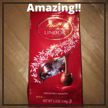 Lindt Lindor Milk Chocolate Truffles uploaded by Taylor M.