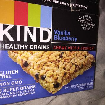 Kind® Fruit & Nut Blueberry Vanilla & Cashew Bar 12 ct Box uploaded by Fathima B.