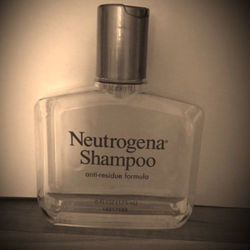 Neutrogena Anti-Residue Shampoo uploaded by Heather B.