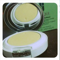 Clinique Redness Solutions Instant Relief Mineral Pressed Powder With Probiotic Technology uploaded by Ana G.