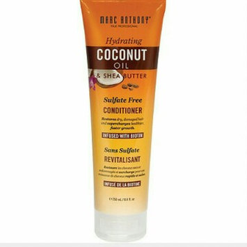 Marc Anthony True Professional Hydrating Coconut Oil & Shea Butter Conditioner, 8.4 fl oz uploaded by Hannah B.