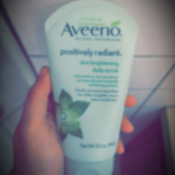 Aveeno Positively Radiant Skin Brightening Daily Scrub uploaded by Sarahi M.