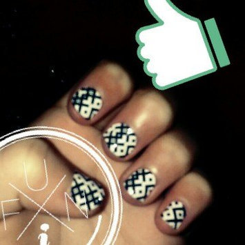 Photo of Sally Hansen® Salon Effects Real Nail Polish Strips uploaded by Kimmie V.